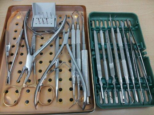 歯周外科器具セット到着